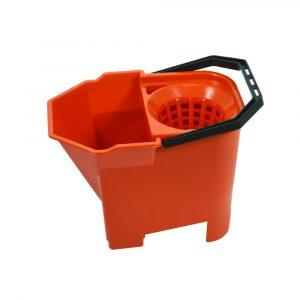 Bulldog Bucket Red